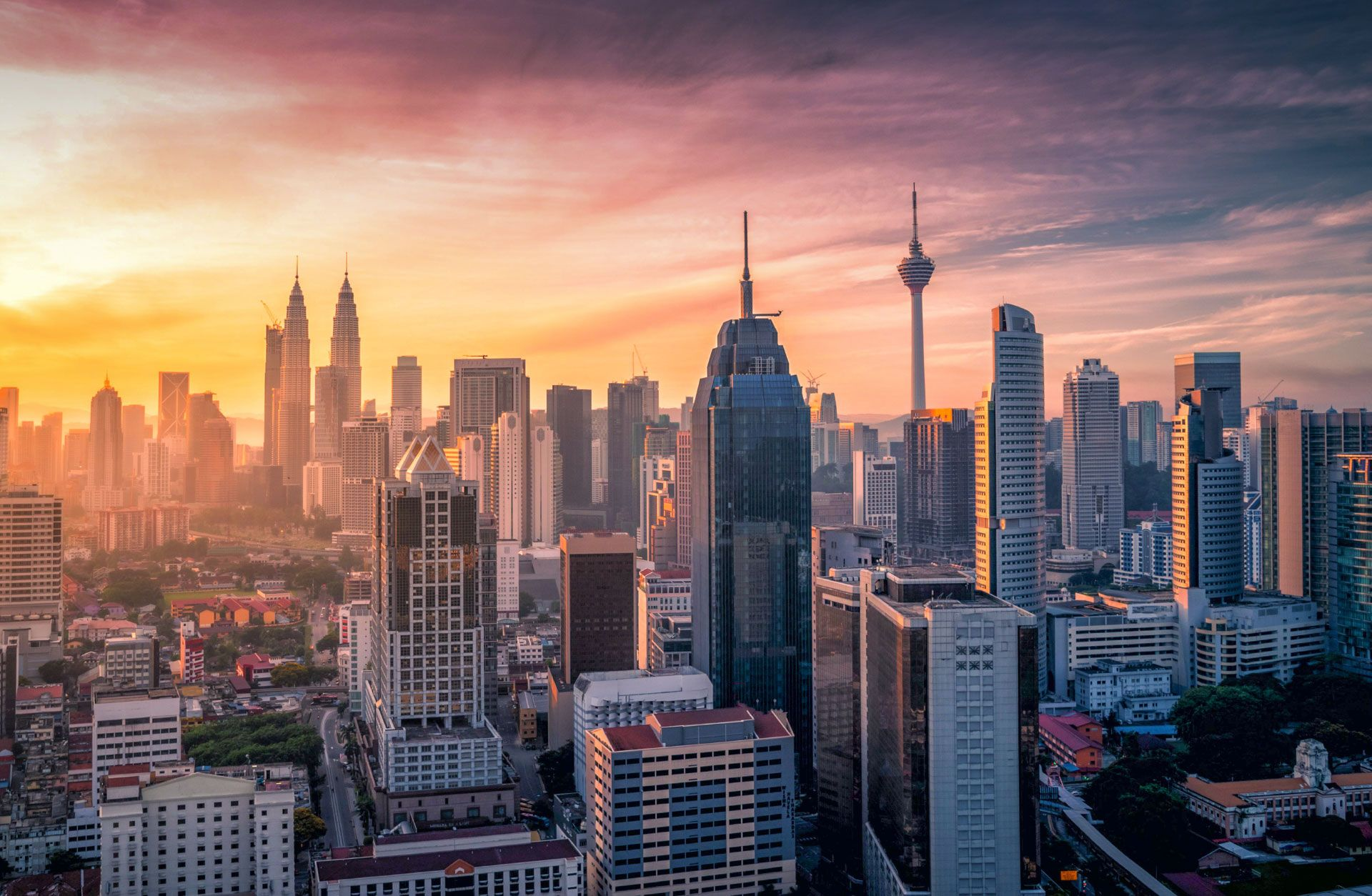 Malaysia Dependent Visa - Visa Options to Bring or join Family in Malaysia.